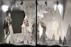 Best Window Displays is a platform with creative and inspirational window  displays. Where the window dressers / visual merchandisers who create these  window ...