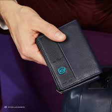 <b>RFID</b> защита <b>кошелька</b> от считывания пластиковых карт – что ...