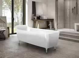 my bathtub lift up walls do a 360 ideas