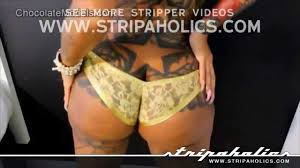 Stripper Shaking her big booty YouTube