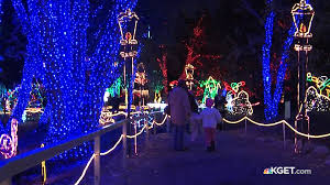 Christmas Light Show In Bakersfield Ca Volunteers Needed For Holidaylights At Calm Kget 17