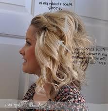 Coiffure Simple Cheveux Mi Long Pour Mariage