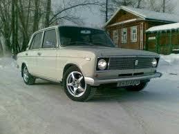Как выглядит ваз  В таком виде автомобиль надолго запомнили как люксовую модификацию тройки Первая ВАЗ 2106 была продана уже в 1976 году а последнюю шестерку выпустили