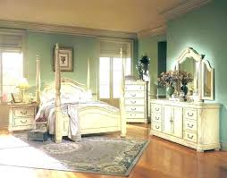 Antique Bedroom Decor Cool Decoration