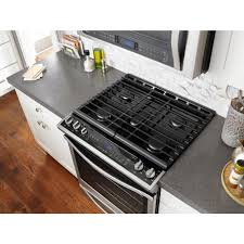 Whirlpool 58 Cu Ft Slide In Gas Range With Center Oval Burner In