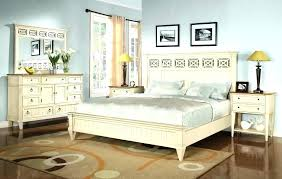 Distressed Wood Bedroom Furniture Rustic White Bedroom Furniture ...