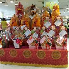 Small Picture Chinese New Year gift hampers on sale