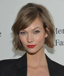Karlie Kloss Cried When She Got Her New Haircut Can You Relate