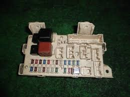 8273028051 used fuse box toyota noah ta azr60g be forward auto fuse box toyota noah ta azr60g