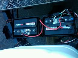 battery wiring schematic jayco rv owners forum i took a picture of our dual battery setup before removing everything when we were putting the tt in storage does this help