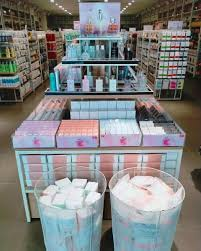 New products in store now | Miniso japan, Miniso, Store design