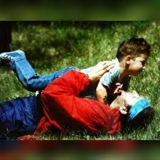 """Vasco Rossi - """" Non par vero nemmeno a me… Di essere un padre di un figlio  che…Che il BENVENUTO tu sia """"🎼🎸🎹. Avere figli cambia tutto. Smetti di  pensare solo a"""