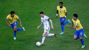 ماذا قدم ميسي مع الأرجنتين ضد البرازيل قبل موقعة السوبر كلاسيكو.. فيديو –  يوم نيوز