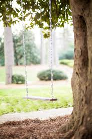 Tree Swing How To Make A Classic Tree Swing Hgtv