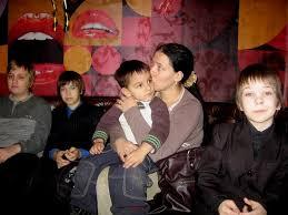 Помощь многодетным семьям Фонд Кондрашова l 7 Апрель 2014 Многодетной малообеспеченной семье