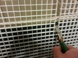 lizard incubator how to use pliers