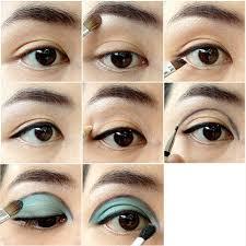 60s mod eye makeup