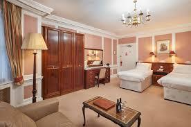 Diplomat Closet Design Reviews The Diplomat Hotel London In United Kingdom Room Deals