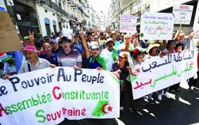"""Résultat de recherche d'images pour """"photo du hirak algérien"""""""