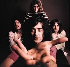 Led Zeppelin et son Celebration Day ! Images?q=tbn:ANd9GcSdgnMB2UxsBHZJ0SjPbDvKWGavbmHLQf6sYfQxcaBDziXv98ou
