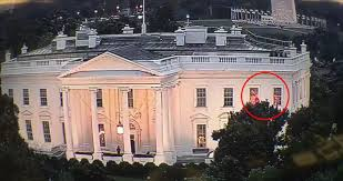 Red Lights White House White House Mystery As Weird Flashing Lights Are Spotted