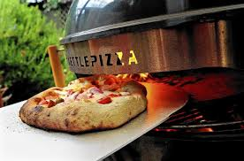 How To Cook A Pizza Kettlepizza Customized Turns Grill Into A Pie Making Dream Oven