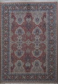 yazd is the capital city of yazd province and a major producer of some of the finest persian rugs a few diffe patterns are used by weavers of this