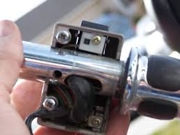 how to 1995 vs 1400 handlebar swapping intruders alert image