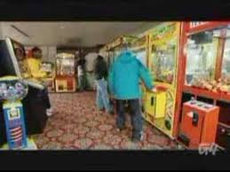 How To Win Vending Machine Games Impressive How To Win At A Claw Game YouTube