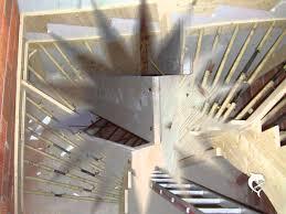 Treppen werden im rohbau oft als stahlbetontreppen gebaut oder später als zimmererarbeit in holzbauweise. Loibl R Ortbetontreppenschalung Youtube
