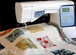 Top 12 Tools for the Beginner Quilter - Simply Notable & Top 12 tools for the beginning quilter! Great post for new quilters! 1. Sewing  Machine Adamdwight.com
