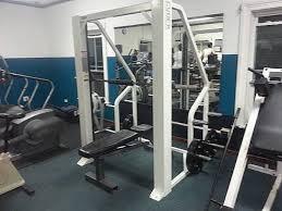 a 24 hour fitness gym