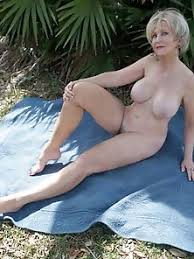 Beautiful Naked Older Women Free Porn Pics And Sex Photos Site