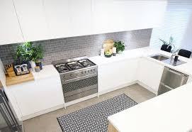 Tiling A Kitchen Splashback Choosing Tiles For A Kitchen Splashback Lifes Tiles