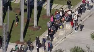 Hundreds wait in line for hours for free $250 Publix gift card in Miami
