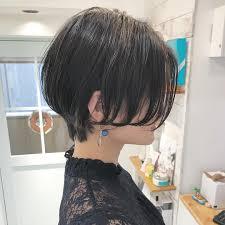 面長しゃくれ顔の女性に似合う髪型6選ショートボブミディアム Belcy