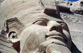 Ciudad de mas de 10 mil años oculta en Montserrat (Con Diego e Ivan) - Página 3 Images?q=tbn:ANd9GcSdqzeHfrbGY6lkkI7kNO545woG8WHnC7V3s2TbGz6Rq5lIfulP
