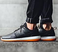 nike roshe two leather mens sneaker black 881987 001 presto huarache air max