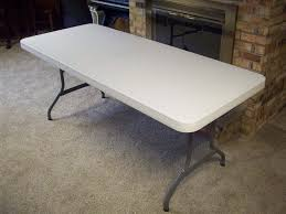 this is a picture of the table i used as a base for the frame