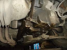 течи масла в двигателе автомобиля Причины течи масла в двигателе автомобиля