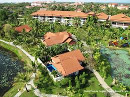 Angkor Palace Resort Spa Palace Residence And Villa Siem Reap Cambodia Tourist