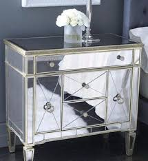 old hollywood bedroom furniture. imagine having this mirrored piece as your wedding cake tabletotally old hollywood bedroom furniture