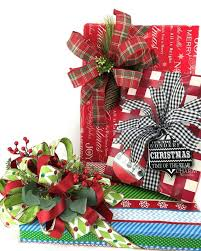 gift wrapping with silk flower ss