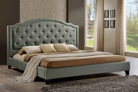 Brentwood Tufted Upholstered Platform Bed in Grey Fabric