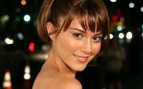 Mary Elizabeth Winstead Hairstyles - Celebrity Haircuts