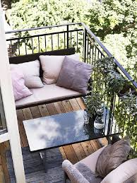 Mindblowingly beautiful balcony decorating ideas to start right away