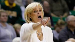 Baylor women's basketball coach Kim ...