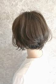 夏のヘアアレンジヴェールウェーブブルージュ似合わせカット