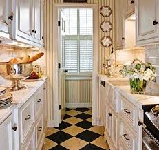 ... Small Galley Kitchen Design ...