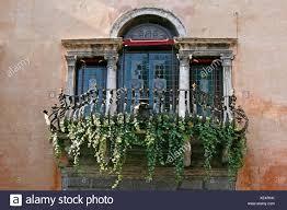 Fenster Bullauge Dormer Fenster Fenster Balkon Geländer Efeu Salo